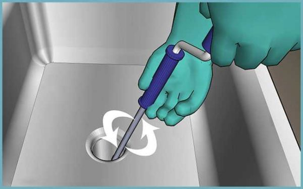 Как работать сантехническим тросом