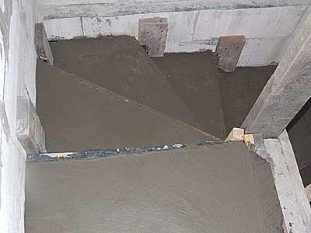 Қадамдарды толтыру цемент ерітіндісі