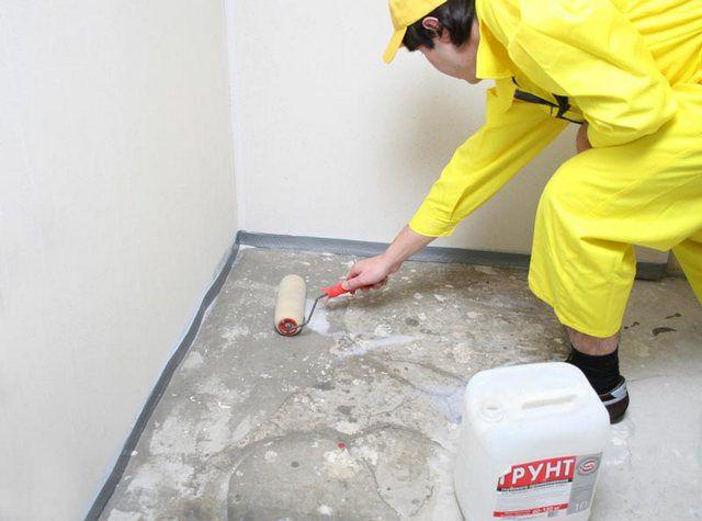 Superficie del piso de cebado antes de verter la regla