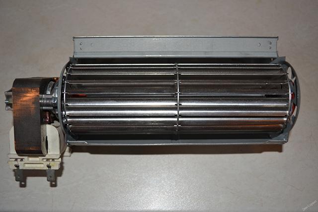Los ventiladores tangentes son ampliamente utilizados en los bloques internos de los acondicionadores de aire.