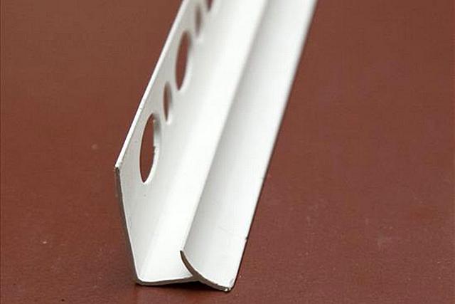 Піліктен жасалған профиль плитканың ішкі бұрышын аяқтау