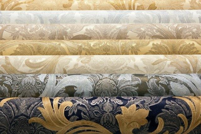 O papel de parede do Fliseline pode ter o design mais diferente, inclusive com uma combinação de cores e relevo em relevo.
