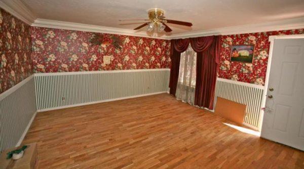Papéis de parede de dois tipos no quarto