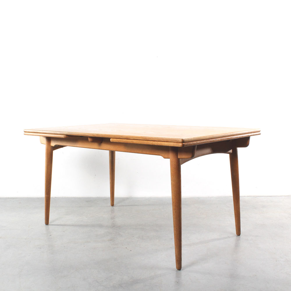 studio1900   Hans Wegner table AT 312 design Andreas Tuck Hans Wegner table AT 312 Danish design Andreas Tuck oak tafel