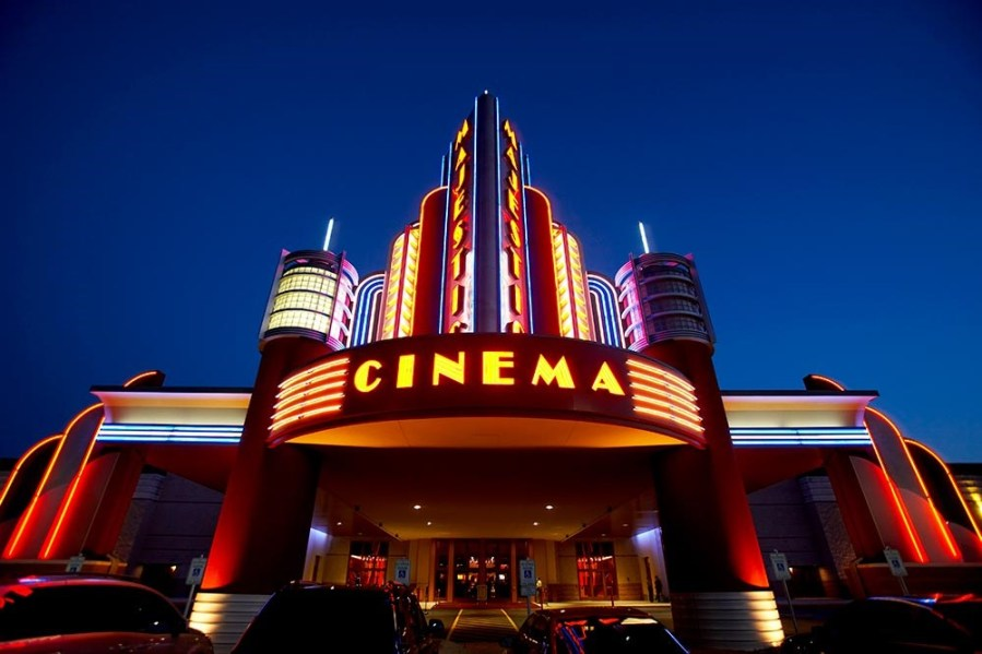 7 Reasons Why You Should See Movies in the Theater
