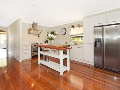 8 Tips to Creating Stylish Budget Kitchens l Renovation Tips
