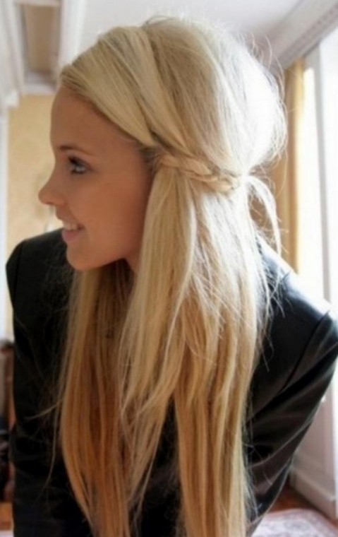 Edgy Long Blonde Urban Chic     Girls Hairstyle   Styles Weekly Layered Long Blonde Hairstyles for Girls