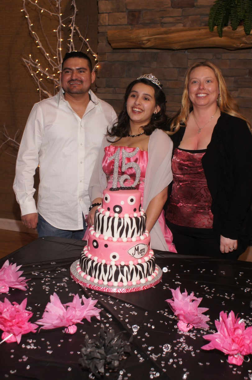 Pictures Of Mary S Mexican Quincea 241 Era 15th Birthday