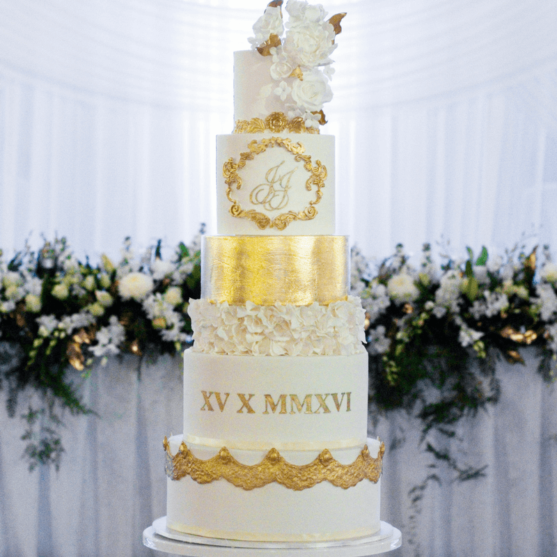Complete Guide on How to Safely Deliver Tiered Wedding Cakes   Sugar     Complete Guide on How to Safely Deliver Tiered Wedding Cakes