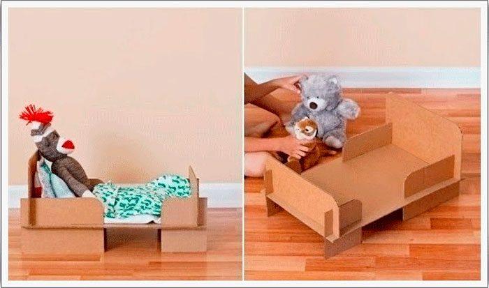 Κρεβάτι κούκλα από χαρτόνι