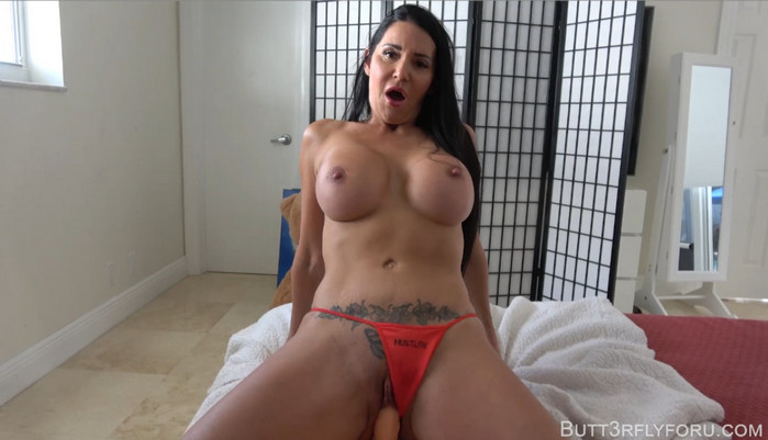Butt3rflyforu – Give Mommy Something For Her BDay