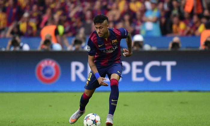 Football skills videos: Neymar, Messi, Alexis Sanchez ...