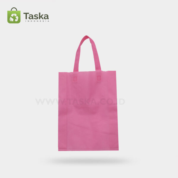 Tas Press Spunbond Handle – Pink 25×35 Cm – Sisi Depan