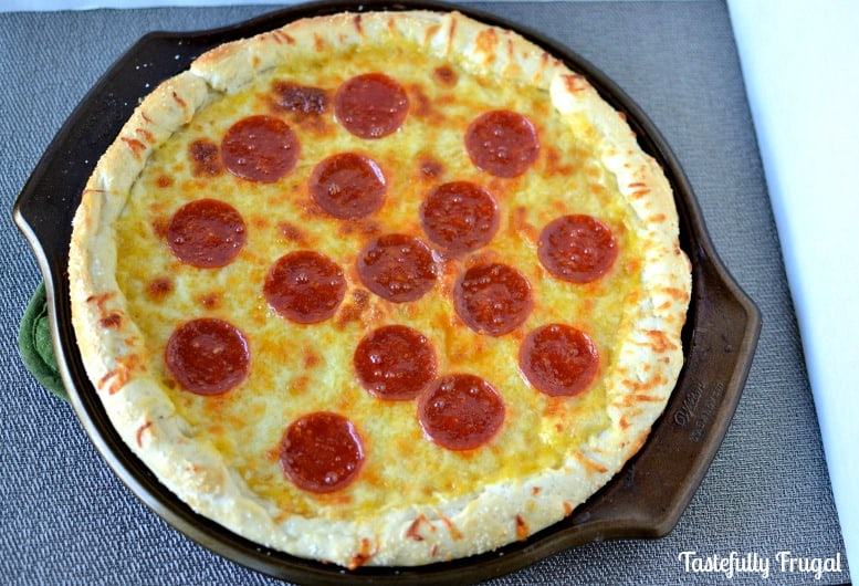 Pretzel Crust Pizza: Soft pretzels and pepperoni pizza unite to make this delicious meal! https://www.tastefullyfrugal.org