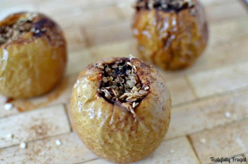 Crockpot Baked Apples #sponsored #KauffmanFruitFarms