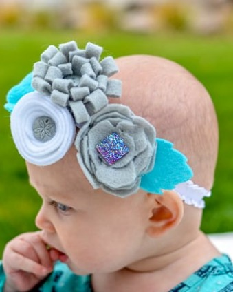 Create this cute Felt Flower Headband for less than $2 and in 15 minutes with the Cricut Maker