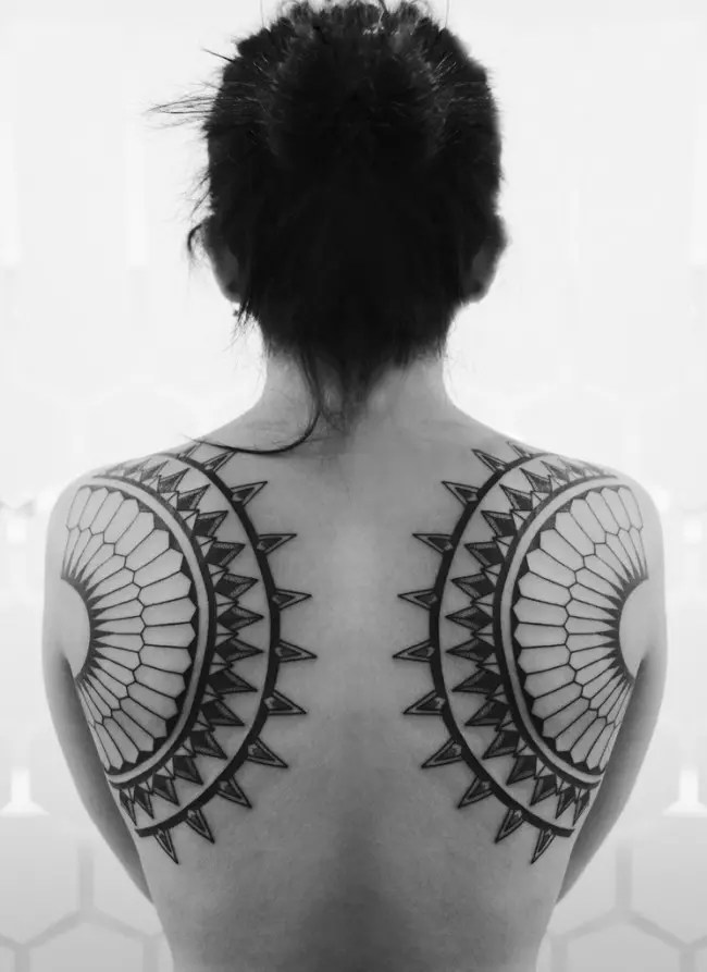 50 Shoulder Blade Tattoo Designs Meanings Best Ideas Ideas And Designs