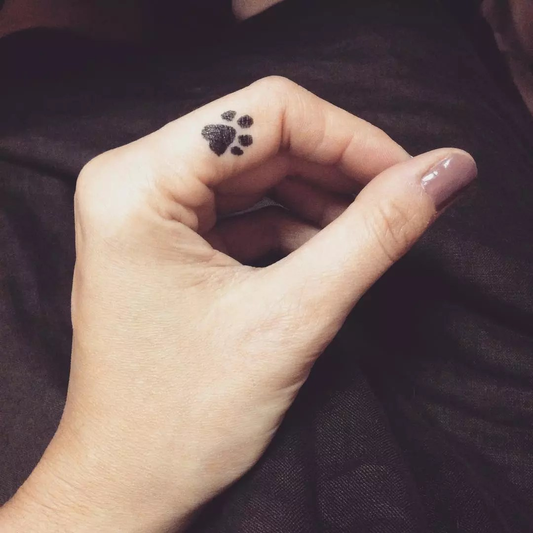 65 Best Paw Print Tattoo Meanings And Designs To Ideas And Designs