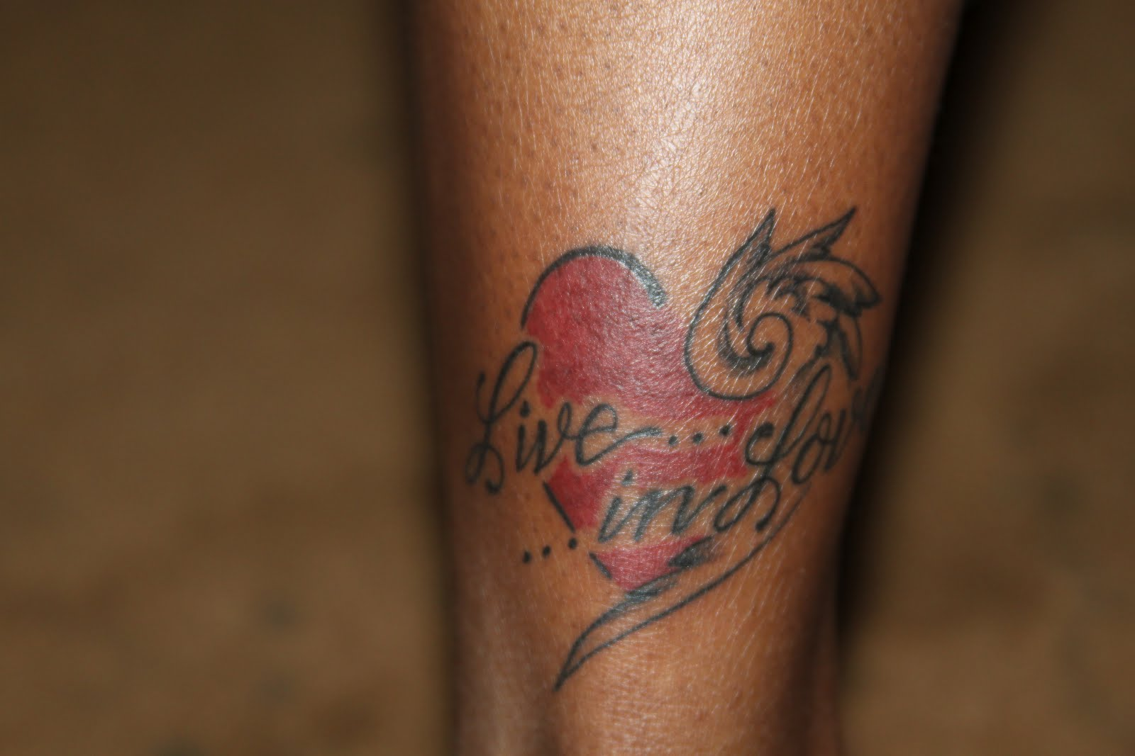 Lipstick Sh T Tattoo Tuesday Live In Love Ideas And Designs