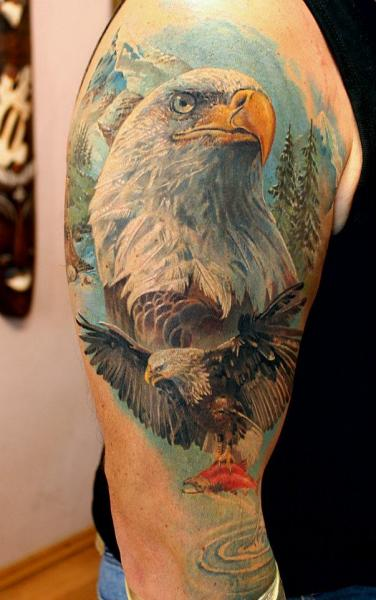 Tatouage Épaule Réaliste Aigle Par Tattoo X Ideas And Designs