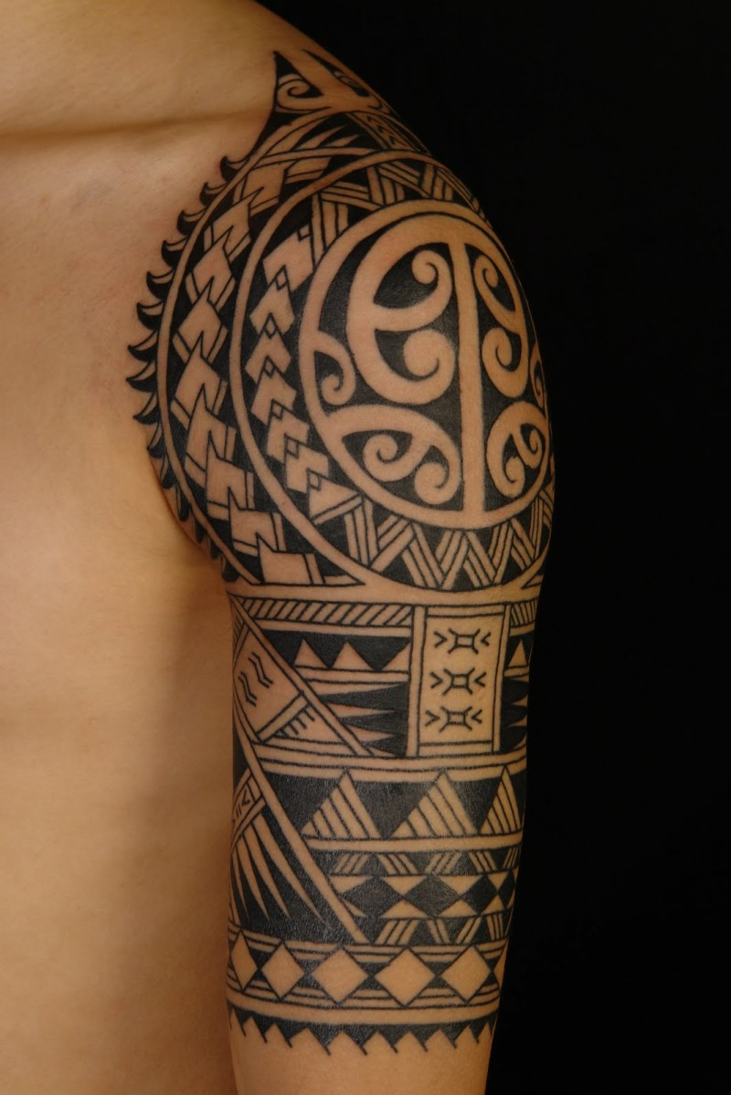 57 Fantastic Maori Shoulder Tattoos Ideas And Designs