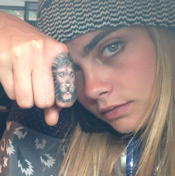 Cara Delevingne S Lion Finger The 50 Most Stylish Ideas And Designs