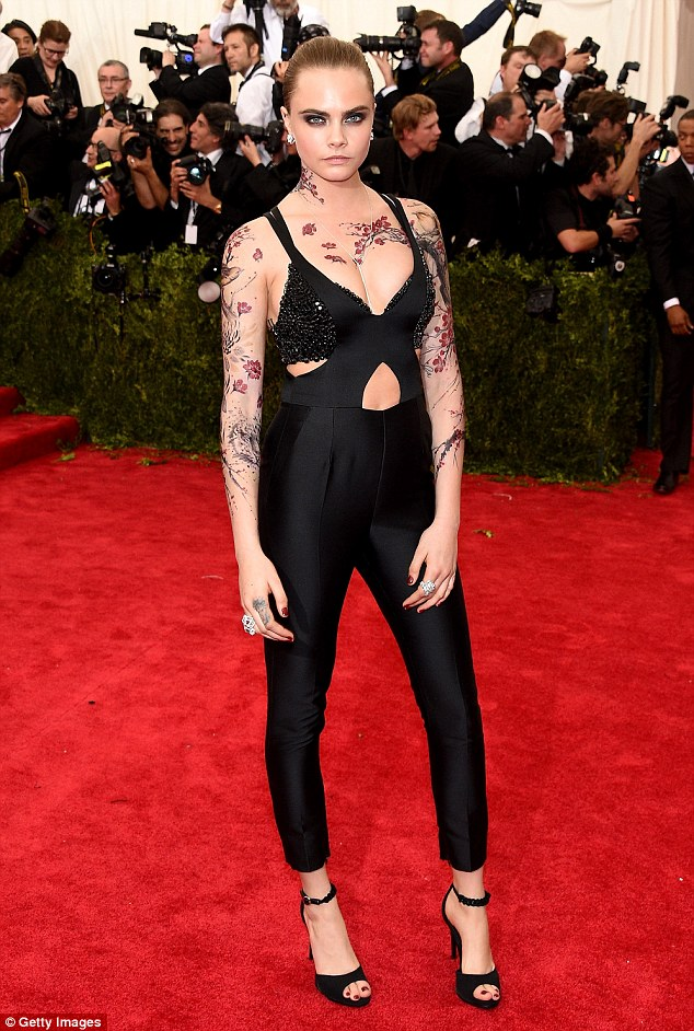 Cara Delevingne Gets Pre Met Gala Cherry Blossom Inking Ideas And Designs