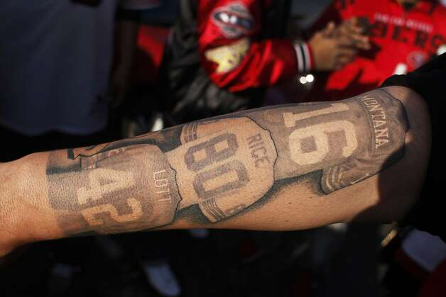 Juan Benavides Displays His 49Ers Themed Tattoo Before A 49Ers Game Against The Atlanta Falcons Ideas And Designs