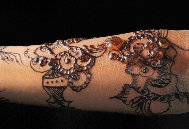 The Dangers And Side Effects Of Henna Tattoos Andrea Ideas And Designs