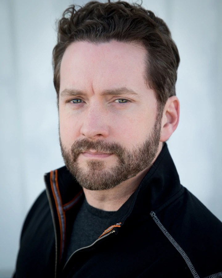 Burnie Burns The Rooster Teeth Wiki Fandom Powered By Ideas And Designs