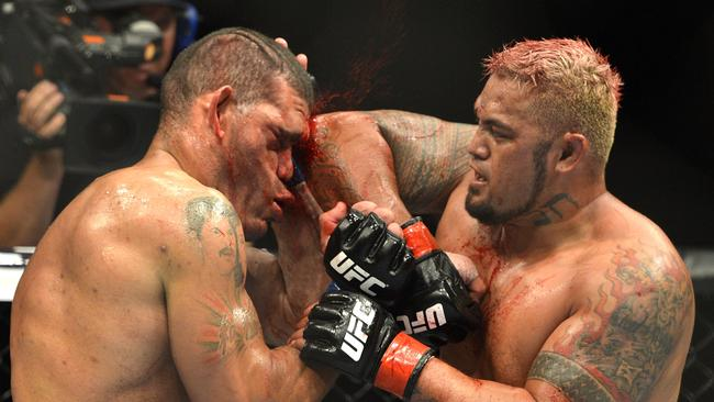 Ufc As Adelaide Fans Snap Up Tickets To Huge Entertainment Ideas And Designs