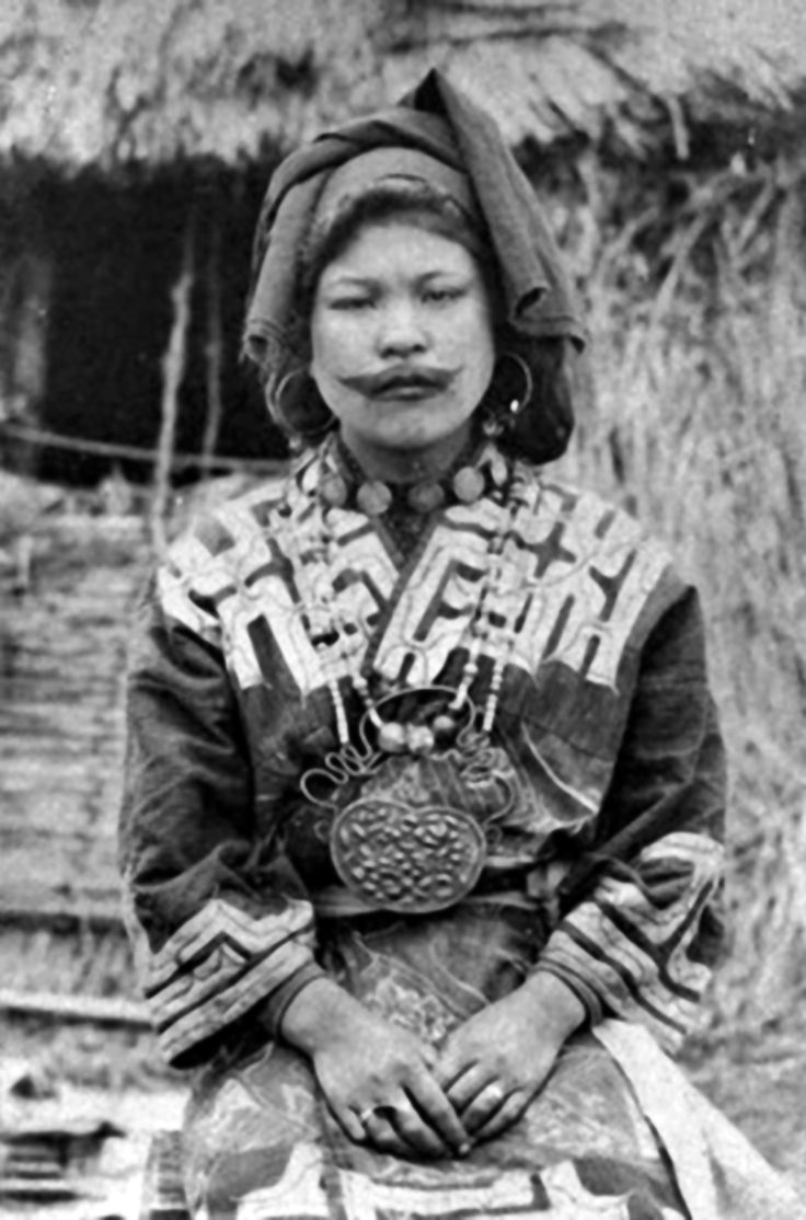 Japan Ainu Woman Ca 1910 Photographer Unknown Ideas And Designs