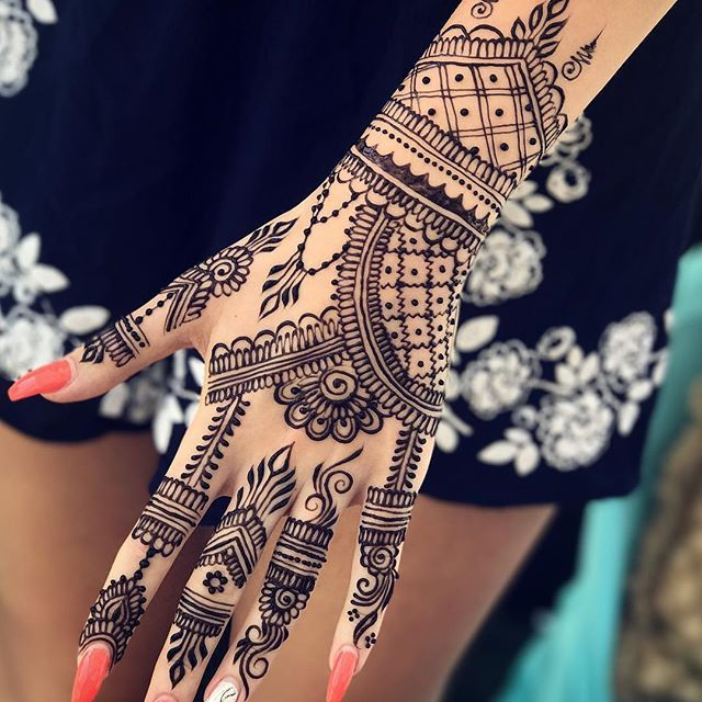 Best 25 Black Henna Ideas On Pinterest Henna Hand Ideas And Designs