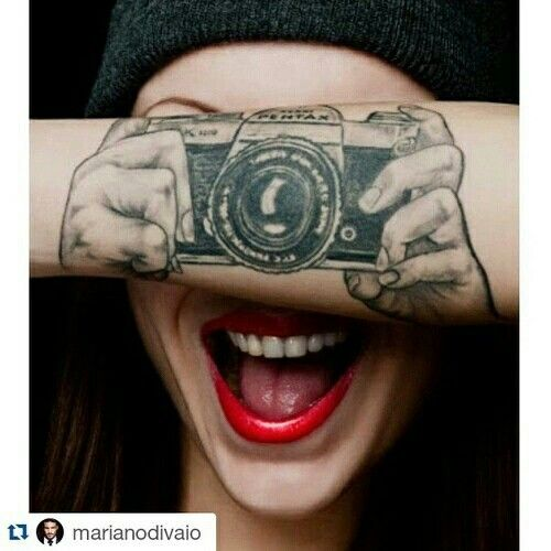Silly Hands Holding A Camera Tattoo Cute Tattoos Ideas And Designs