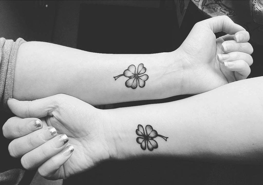 33 Small Meaningful Wrist Tattoo Ideas Tattoos Love Ideas And Designs