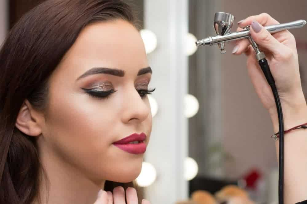 How Long Does Airbrush Makeup Last The Facts You Need To Know Ideas And Designs