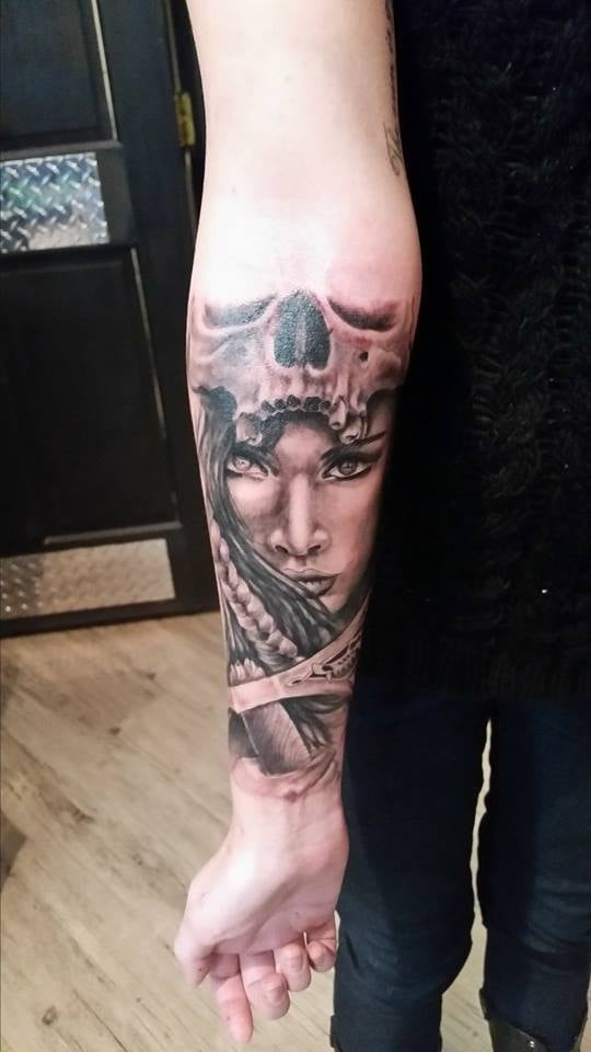 Ikonic Ink Tattoo And Piercing Studio 22 Photos Tattoo Ideas And Designs