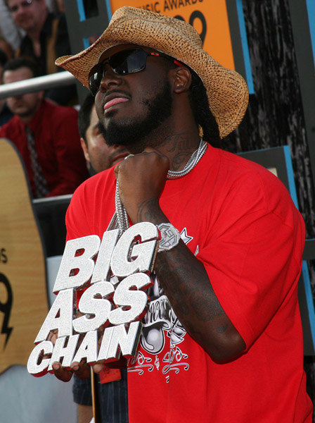 T Pain At The Cmt Music Awards « Media Outrage Ideas And Designs