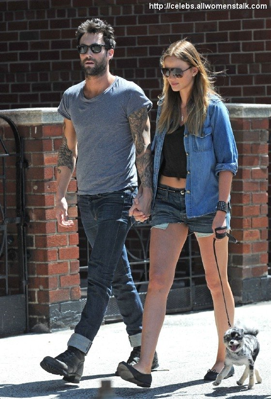 Rate Adam Levine And Anne On Our Couple Meter Celebs Ideas And Designs