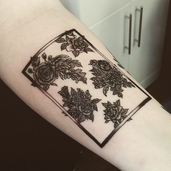 Cute Little 1975 Tattoo Done On The Lovely User Today Ideas And Designs