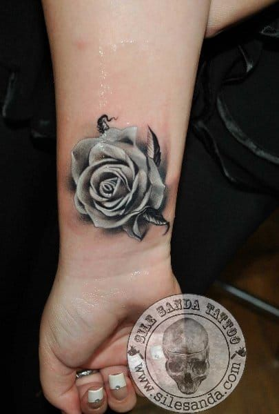 22 Beautiful Black And Grey Rose Tattoos Tattoodo Com Ideas And Designs