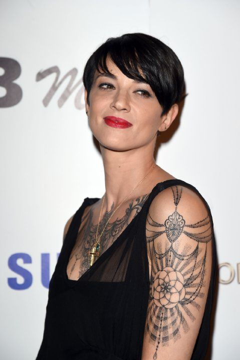 1000 Images About Asia Argento On Pinterest Coiffures Festivals And Red Coats Ideas And Designs