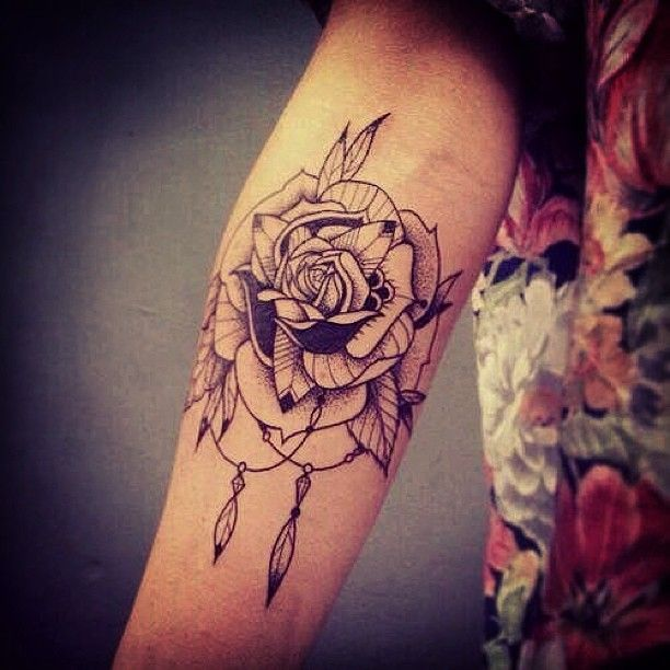 Cool Rose Tattoo Design For Women's Arm Cool Tattoo Ideas And Designs