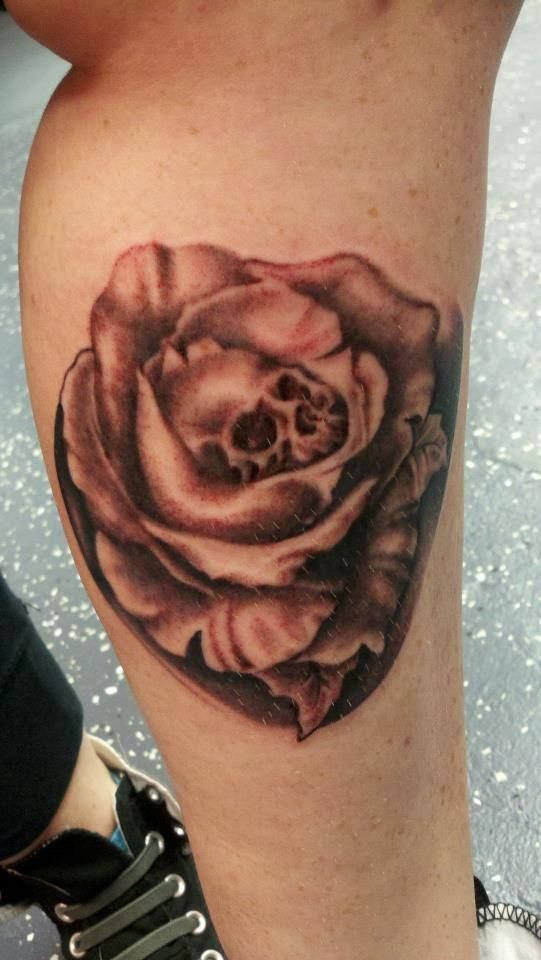 Rose Skull Tattoo By Angel Caraballo Tattoos By 100 Ideas And Designs