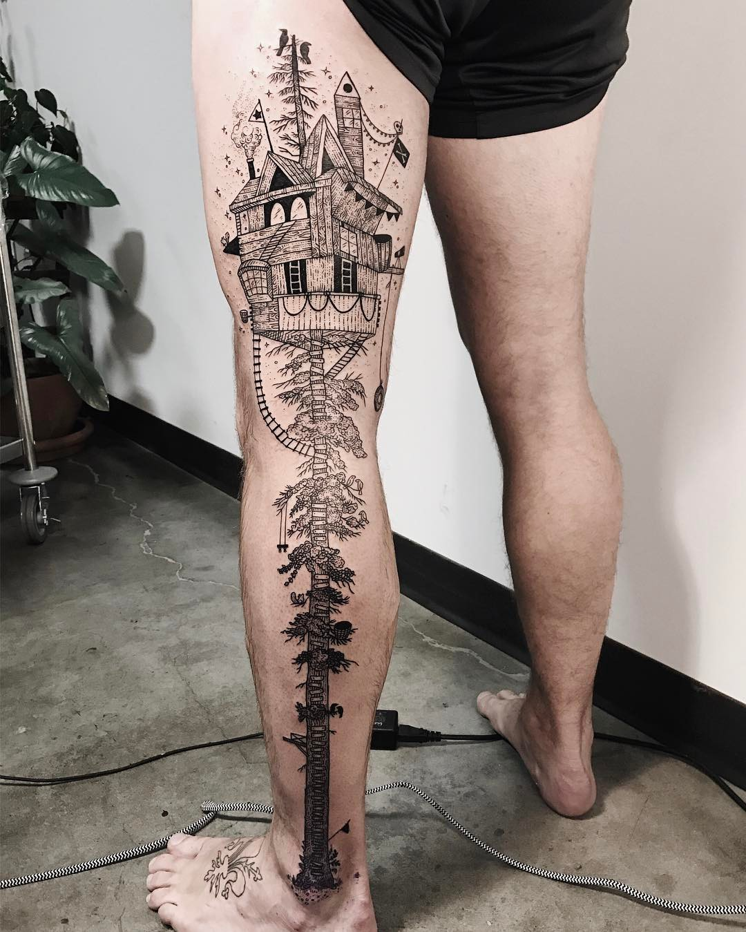 A Collision Of Flora Fauna And The Cosmic In Tattoos By Ideas And Designs