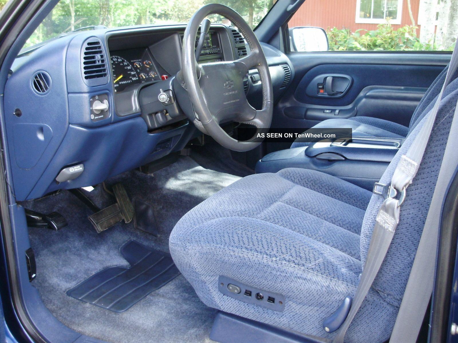 Brougham Fleetwood 2 Convertible 1996 Door