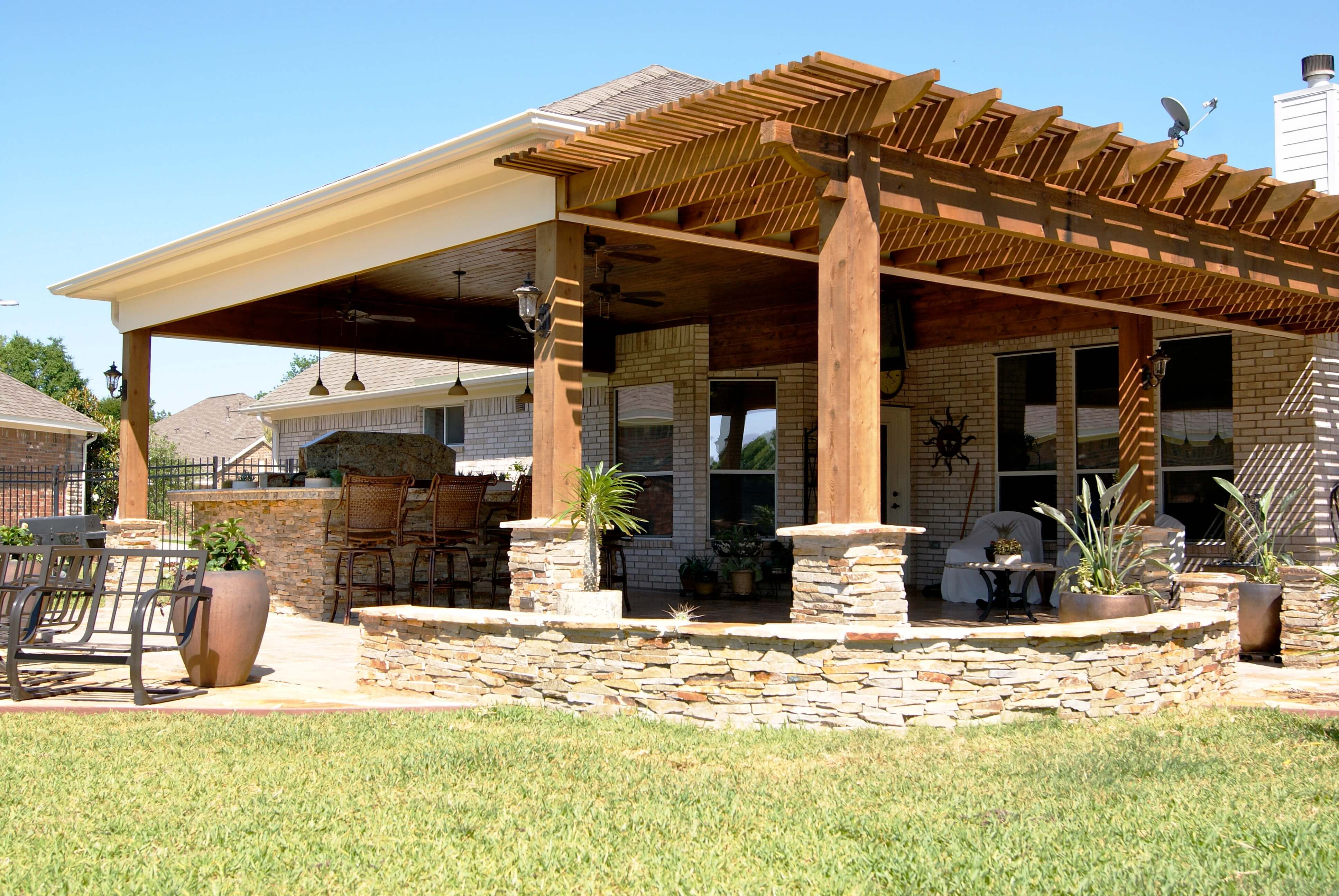 Heritage Grand Cinco Ranch Outdoor Living Room Texas