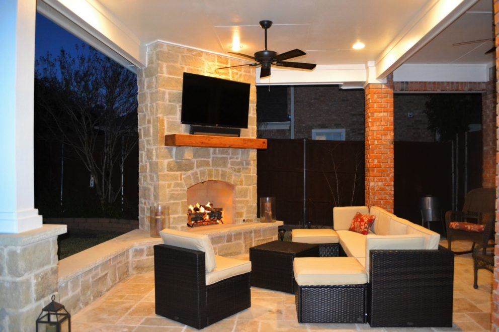 Outdoor Living Area With Corner Fireplace In Irving Las