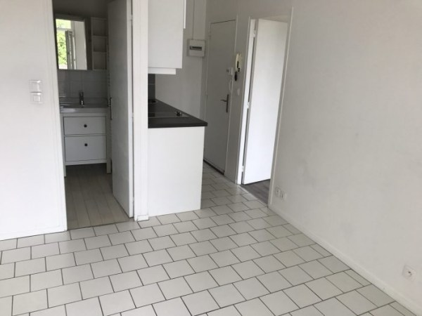 location Appartement 2 pi    ces  29 m      550     Tours  37  Photo du bien