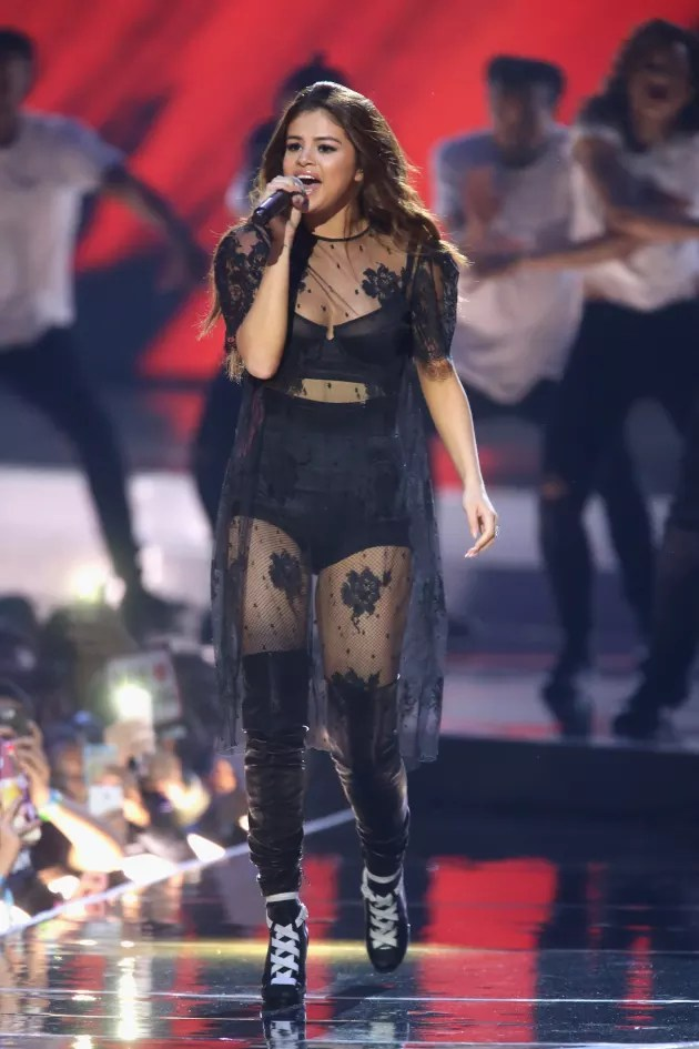 Selena Gomez: Pregnant? Engaged to The Weeknd? - The ...